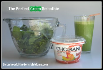 The Perfect Green Smoothie Recipe: Heavy on the veggies and the yum. | Sisterhood of the Sensible Moms