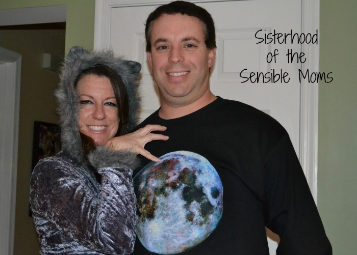 Creative Couples DIY Halloween Costume - Werewolf and Full Moon - Sisterhood of the Sensible Moms