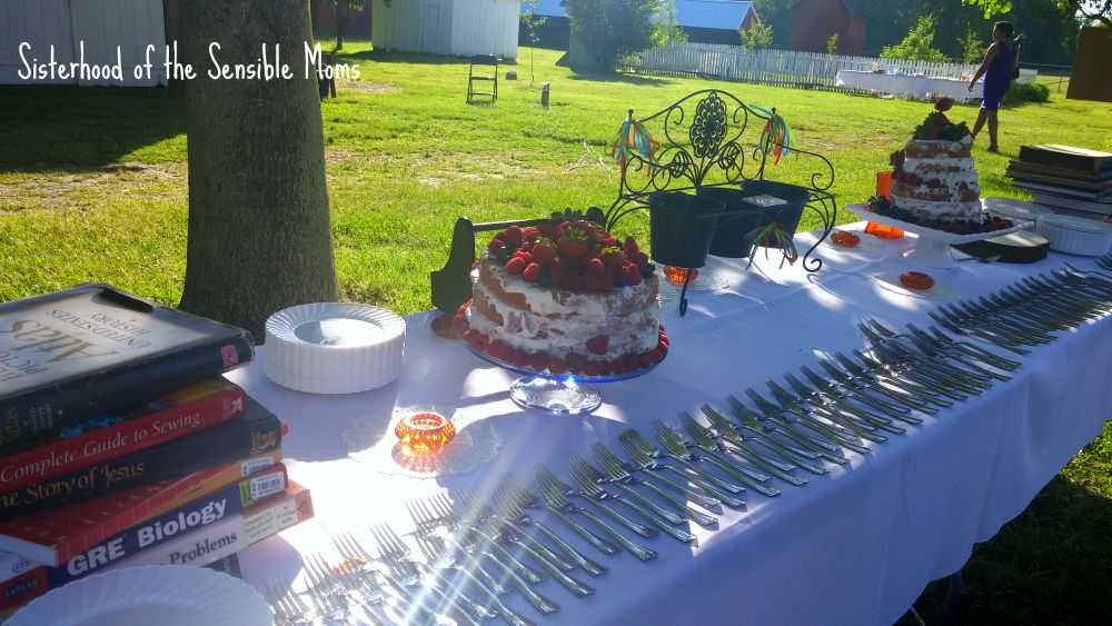Wedding Dessert Table | I Attended a Pinterest Wedding! They're real! | Look no further for wedding day inspiration! | Sisterhood of the Sensible Moms