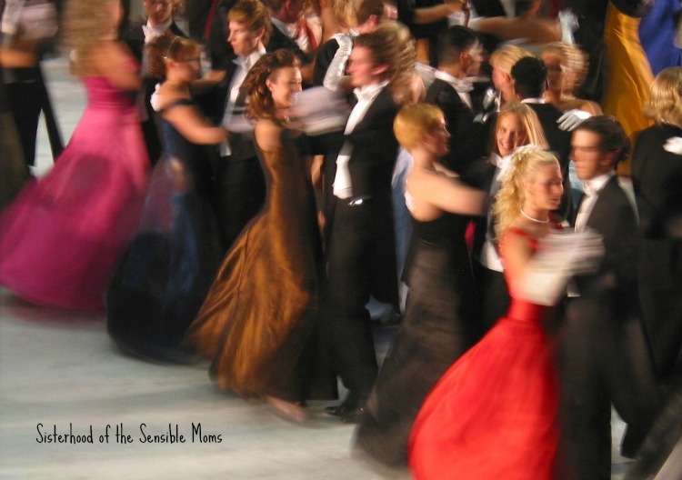 Prepping for prom? Here's a parenting checklist to help you keep your teen safe, happy, and ready for fun | Sisterhood of the Sensible Moms